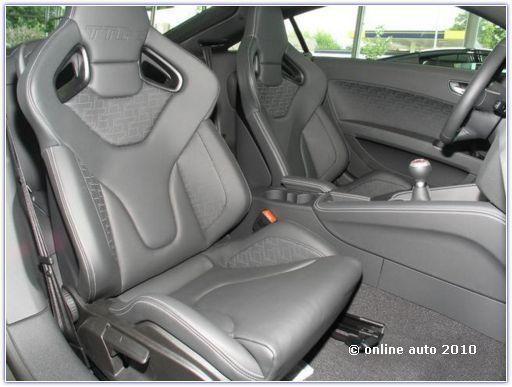 салон Audi TT RS