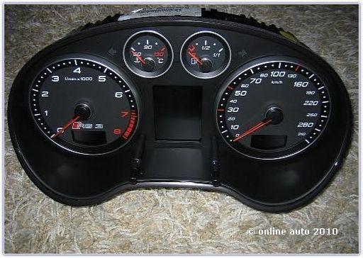 приборная панель Audi RS3